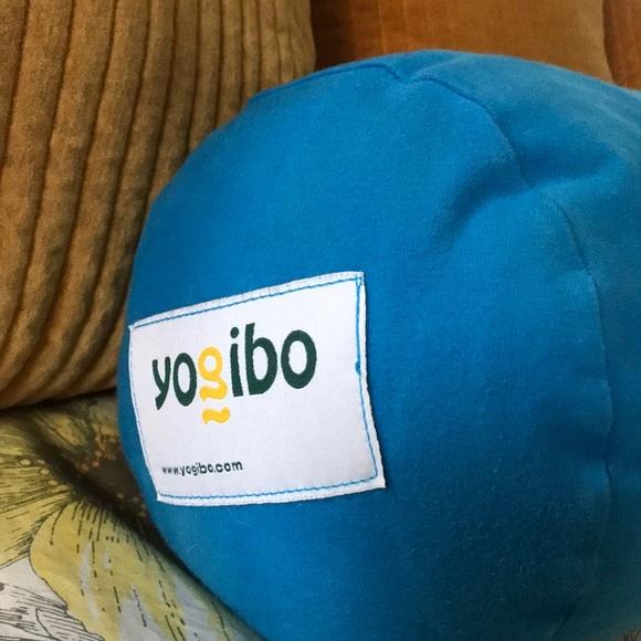 Fantastic Yogibo Bolster Pillow The Ultimate Bean Bag Creativecarmelina Interior Chair Design Creativecarmelinacom